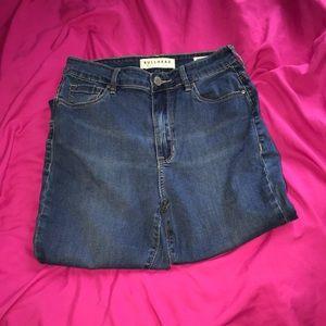 Medium wash bullhead jeans